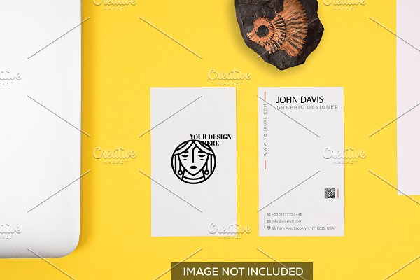 Realistic Business Card Mockup 10