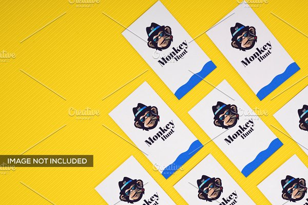 Realistic Business Card Mockup 9