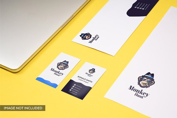 Branding Mockup in Yellow Pack 8