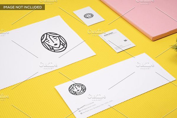Branding Mockup in Yellow Pack 7