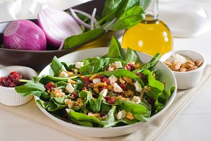spinach salad 5.jpg