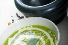 spinach soup 5.jpg