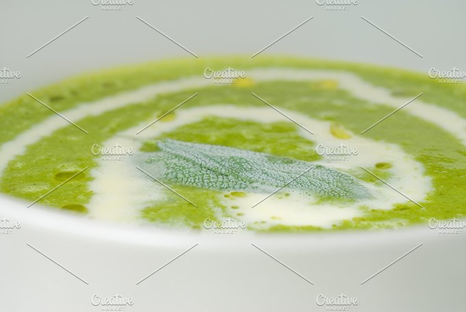 spinach soup 2.jpg - Food & Drink