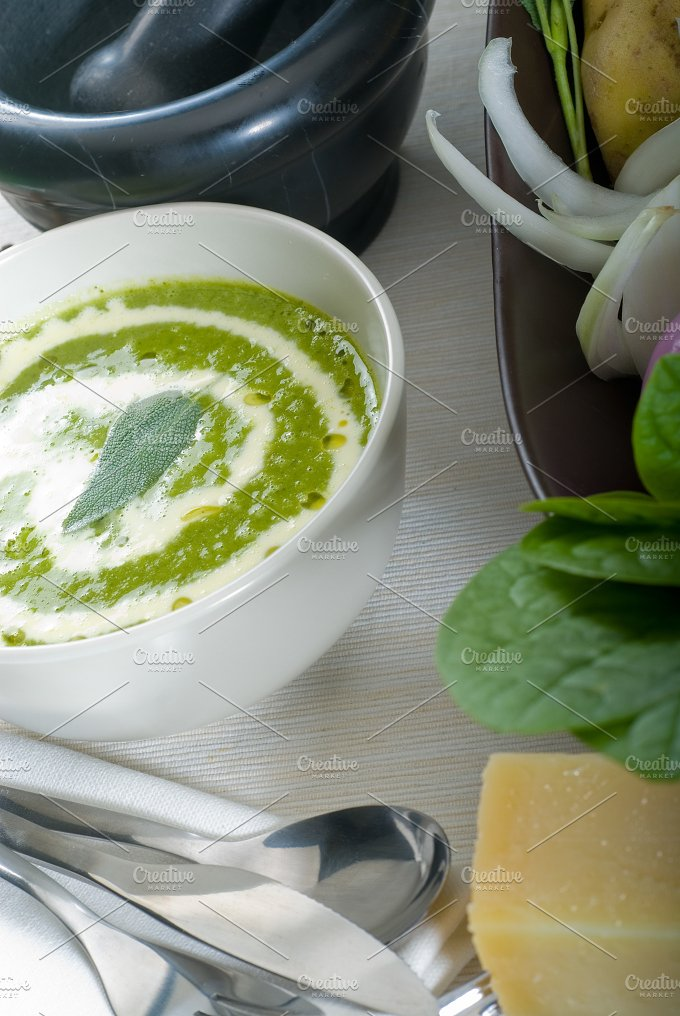 spinach soup 4.jpg - Food & Drink