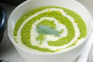spinach soup 9.jpg