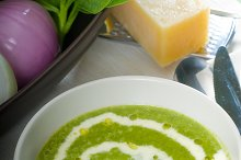 spinach soup 8.jpg