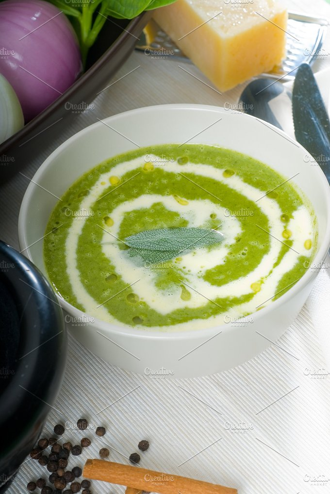 spinach soup 8.jpg - Food & Drink