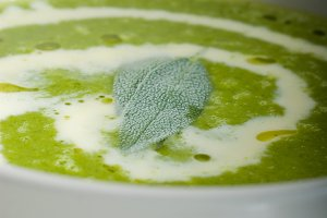 spinach soup 6.jpg