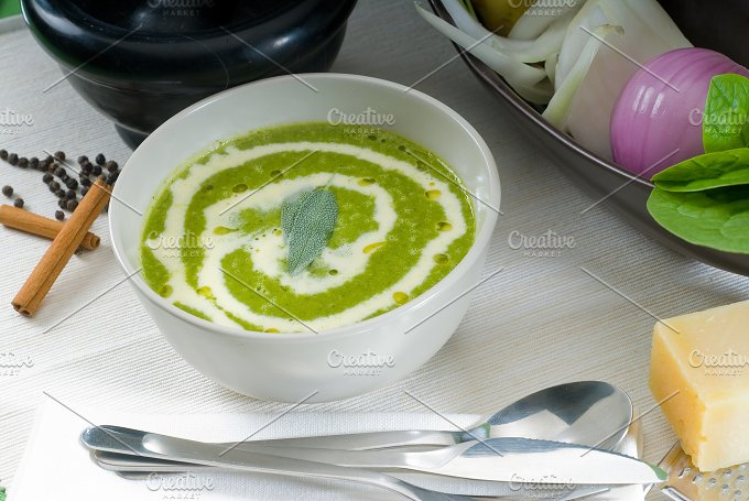 spinach soup 7.jpg - Food & Drink