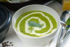 spinach soup 10.jpg