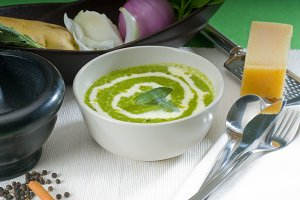 spinach soup 12.jpg