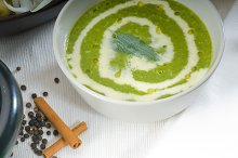 spinach soup 13.jpg