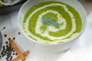 spinach soup 14.jpg