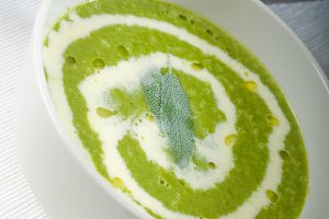 spinach soup 19.jpg