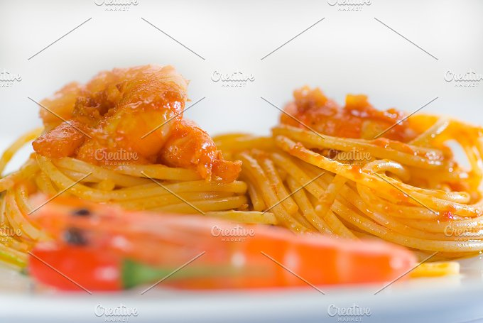 Spicy shrimps pasta 8.jpg - Food & Drink
