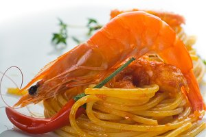 Spicy shrimps pasta 20.jpg