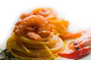 Spicy shrimps pasta.jpg