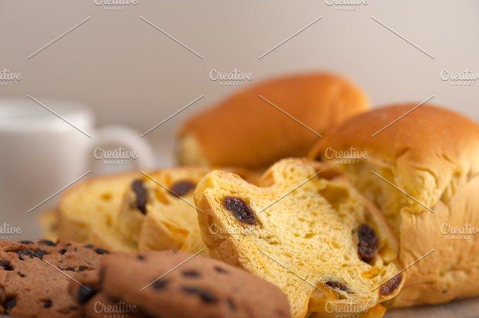 sweet bread 9.jpg - Food & Drink