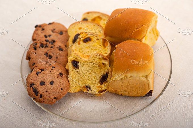 sweet bread 12.jpg - Food & Drink