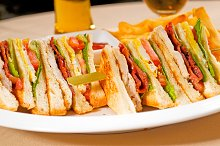triple deck club sandwich  07.jpg