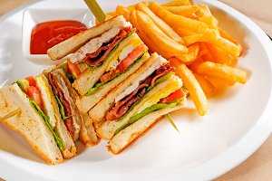 triple deck club sandwich  02.jpg