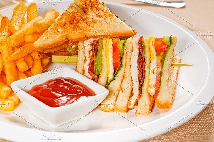 triple deck club sandwich 04.jpg - Food & Drink