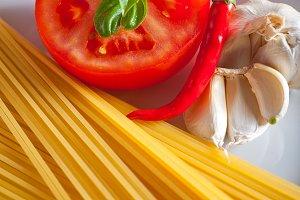 tomato basil spaghetti pasta 01.jpg