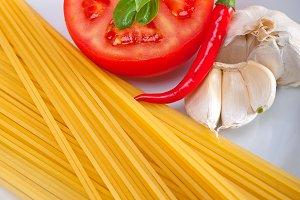 tomato basil spaghetti pasta 04.jpg