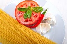 tomato basil spaghetti pasta 08.jpg