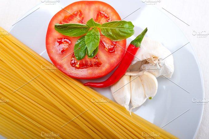 tomato basil spaghetti pasta 08.jpg - Food & Drink