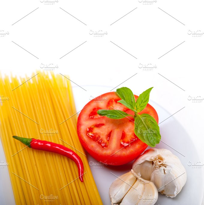 tomato basil spaghetti pasta 15.jpg - Food & Drink