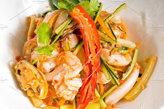 thai seafood salad 04.jpg - Food & Drink