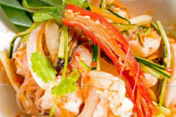 thai seafood salad 07.jpg - Food & Drink