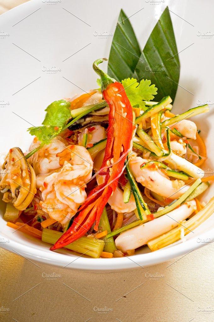 thai seafood salad 05.jpg - Food & Drink