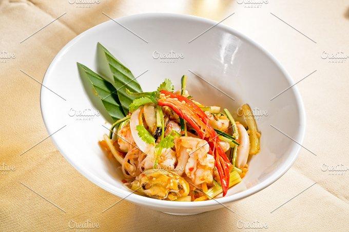 thai seafood salad 09.jpg - Food & Drink