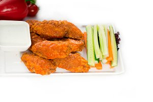 spicy chicken wings and vegetables 01.jpg