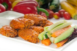 spicy chicken wings and vegetables 04.jpg