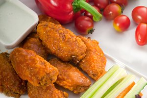 spicy chicken wings and vegetables 07.jpg