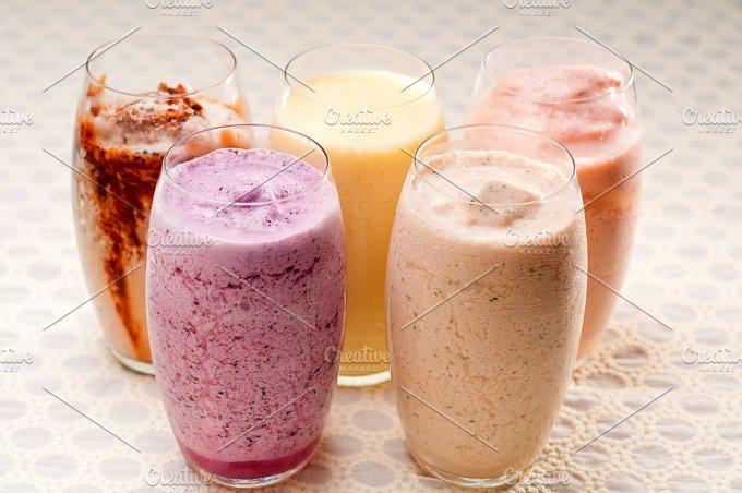 smoothies 02.jpg - Food & Drink