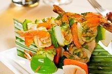 shrimps and vegetables skewers  02.jpg