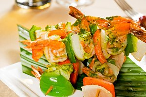 shrimps and vegetables skewers  02.jpg
