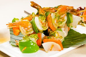 shrimps and vegetables skewers  12.jpg