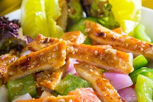 sesame chicken salad 33.jpg