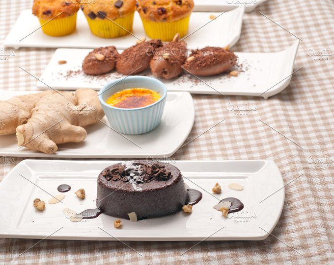 selection of desserts cakes 01.jpg - Food & Drink