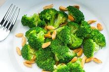 sauteed broccoli and almonds 3.jpg