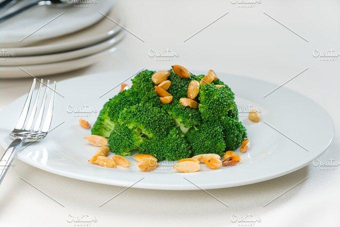 sauteed broccoli and almonds 6.jpg - Food & Drink