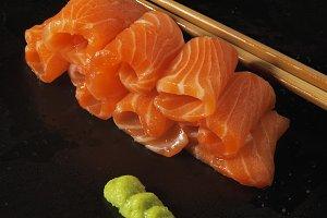 salmon sushi 8.jpg