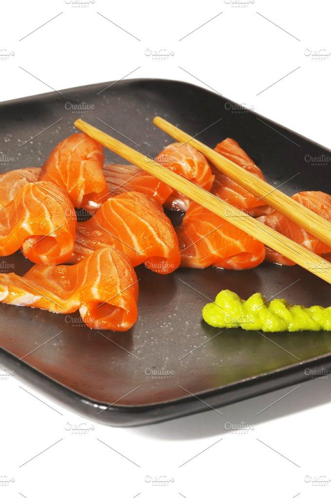 salmon sushi 4.jpg - Food & Drink