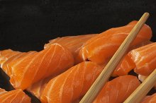 salmon sushi 1.jpg