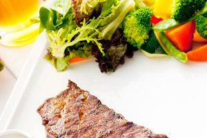 ribeye beef steak with fresh salad 07.jpg
